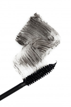 LOOK CHIC FOR CHRISTMAS: MAKEUP MASTERCLASS STEP 3